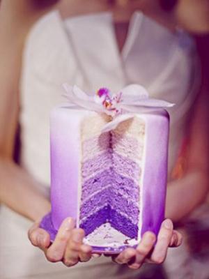 svadebnii-tort-sirenevii-fioletovii-05