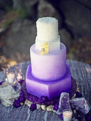 svadebnii-tort-sirenevii-fioletovii-06