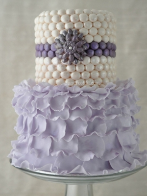 svadebnii-tort-sirenevii-fioletovii-07