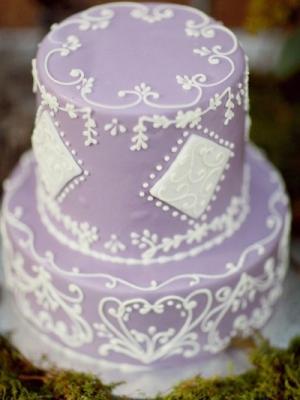 svadebnii-tort-sirenevii-fioletovii-36