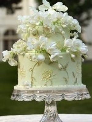 svadebnie-torti-v-zelenom-cvete-08