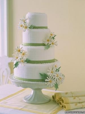 svadebnie-torti-v-zelenom-cvete-19