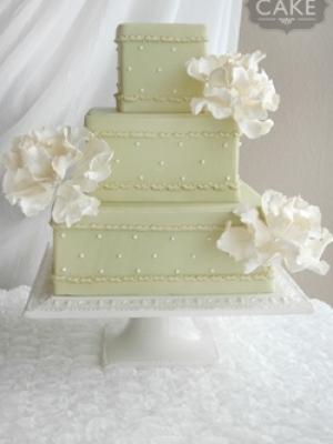 svadebnie-torti-v-zelenom-cvete-26