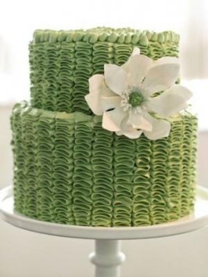 svadebnie-torti-v-zelenom-cvete-32