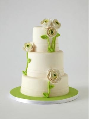 svadebnie-torti-v-zelenom-cvete-33