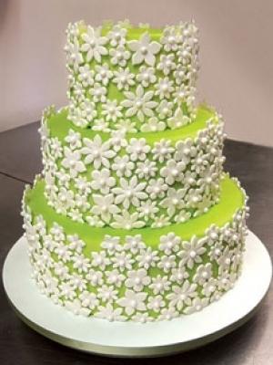 svadebnie-torti-v-zelenom-cvete-35