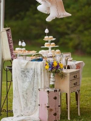 vintage_dessert_table_15
