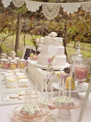 vintage_dessert_table_32