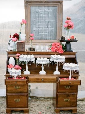 vintage_dessert_table_36