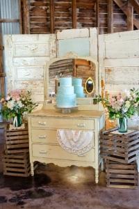 vintage_wedding_furniture_04