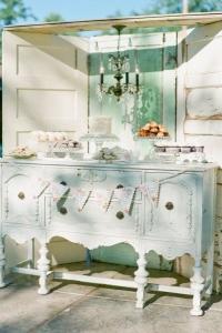 vintage_wedding_furniture_11