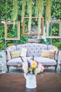 vintage_wedding_furniture_15
