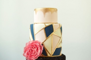 wedding_cake_black_02