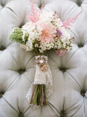 buket-nevesti-iz-polevih-cvetov-7