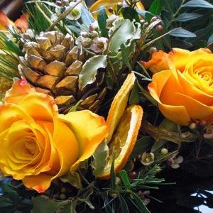 148994-winter-wedding-bouquets