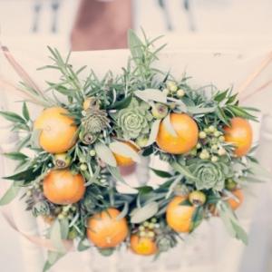 oranges-and-succulent-wreath-550x354