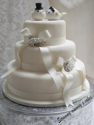 zimniy-svadebniy-tort-0040