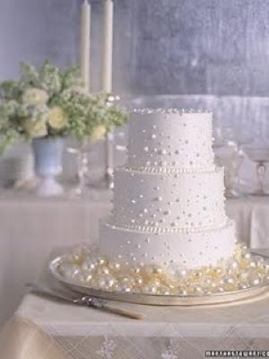 zimniy-svadebniy-tort-0052