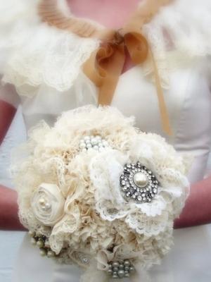 svadebnii-buket-nevesti-dlya-zimnei-svadbi-0035
