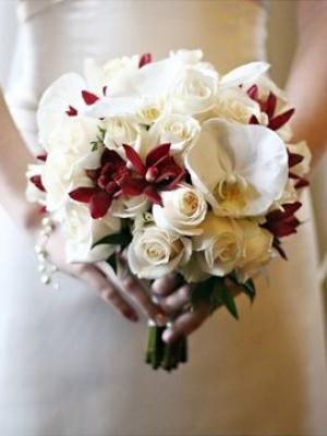 svadebnii-buket-nevesti-dlya-zimnei-svadbi-0039