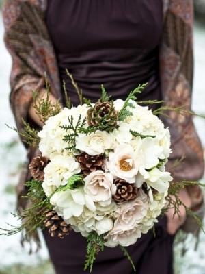 svadebnii-buket-nevesti-dlya-zimnei-svadbi-0055