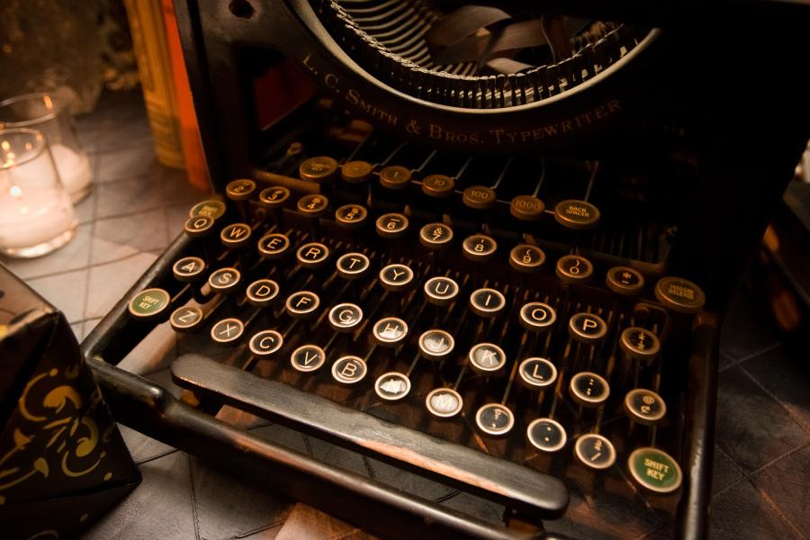 library-wedding-vintage-typewriter