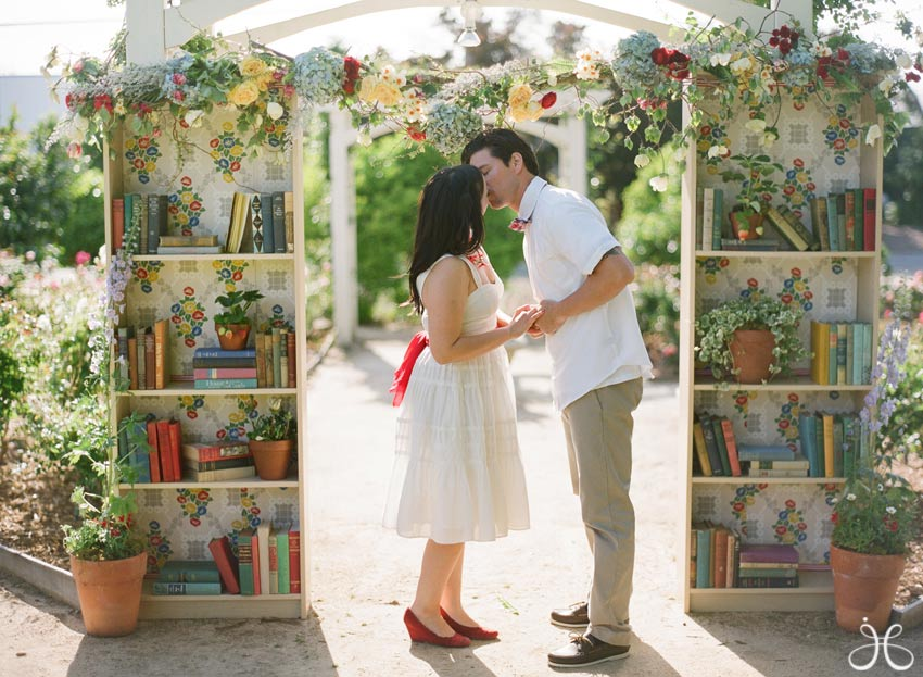 vintage-library-book-wedding-photos-13