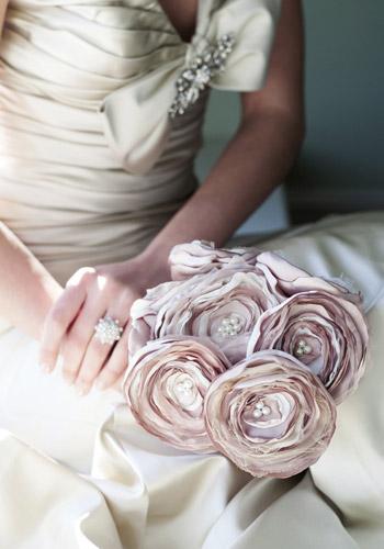 букет невесты из цветов из ткани мастер класс