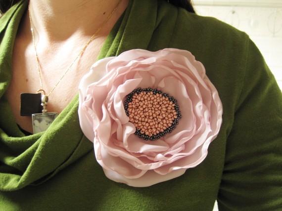 цветы-из-ткани-мастер-класс брош брошка