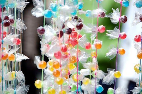 Decor-svadbi-raznocvetnaya-radujnaya-svadba