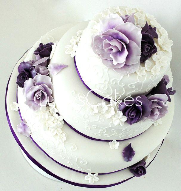 svadebnii-tort-sirenevii-fioletovii-17