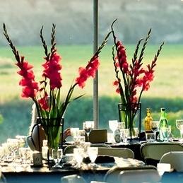 gladiolusy-v-svadebnoj-floristike-34