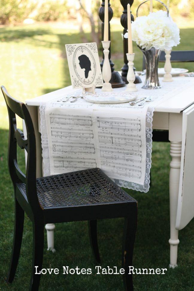 Love-Notes-Table-Runner