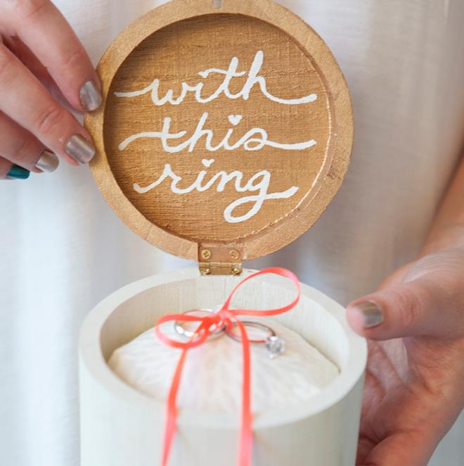 Копия SomethingTurquoise-DIY-wooden-ring-bearer-box-with-this-ring_0001