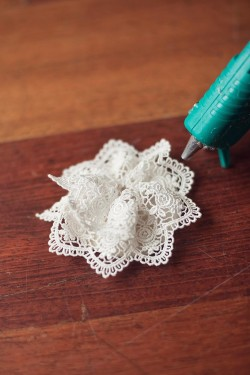 Lace-Rose-Tutorial-3-250x375