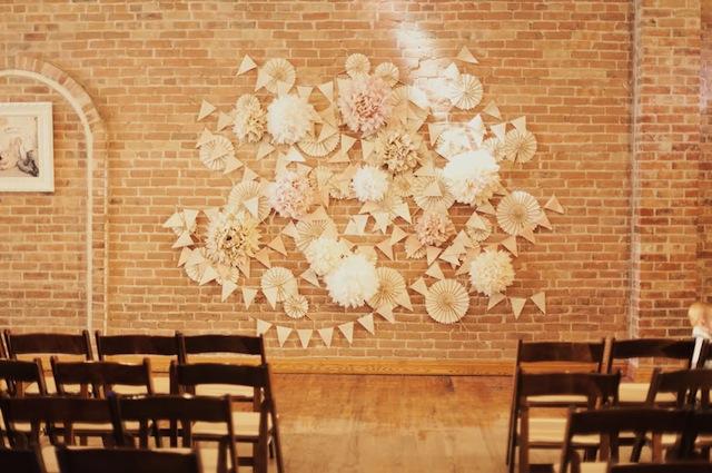 05_Roses-Lace-Vintage-Wedding-Alixann-Loosle-Photography-101
