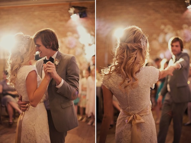 13_Roses-Lace-Vintage-Wedding-Alixann-Loosle-Photography-171