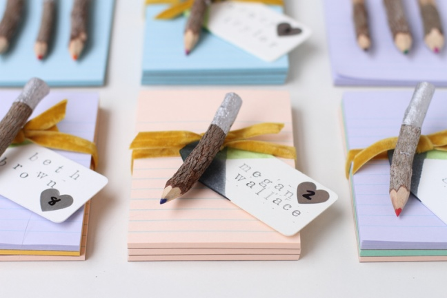 1424370566_content_finished1-dipped-pencils-and-notepad-favors-8