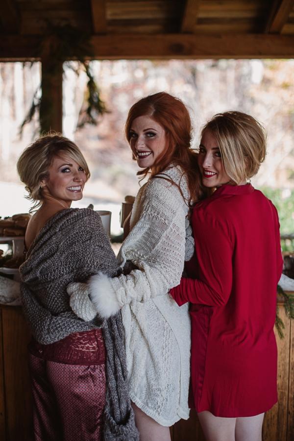 Christmas-Bridal-Brunch-Log-Cabin-Hot-Chocolate-Festive-Shoot-16