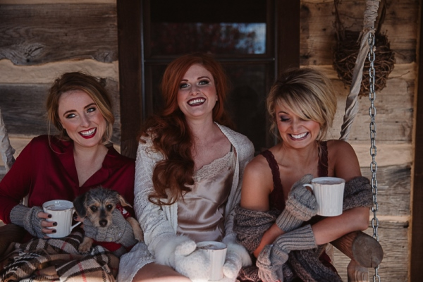 Christmas-Bridal-Brunch-Log-Cabin-Hot-Chocolate-Festive-Shoot-2-10