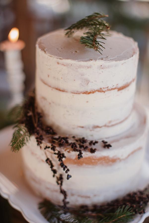 Christmas-Bridal-Brunch-Log-Cabin-Hot-Chocolate-Festive-Shoot-7